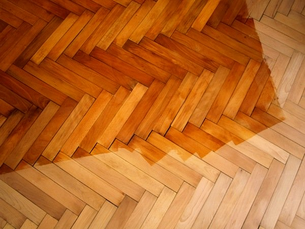 Differenti trattamenti superficiali per differenti tipi di parquet