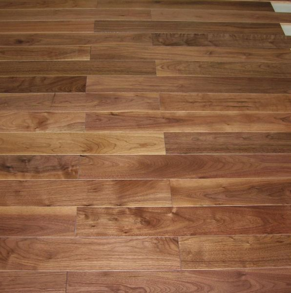 Parquet in legno massello: essenze, messa in posa e costi